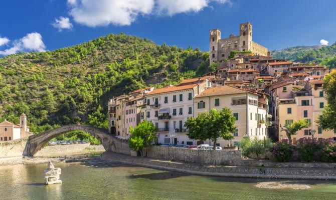 Dolceacqua (Liguria)